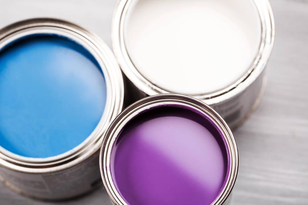 外壁塗装をDIYするのに必要な塗料選び