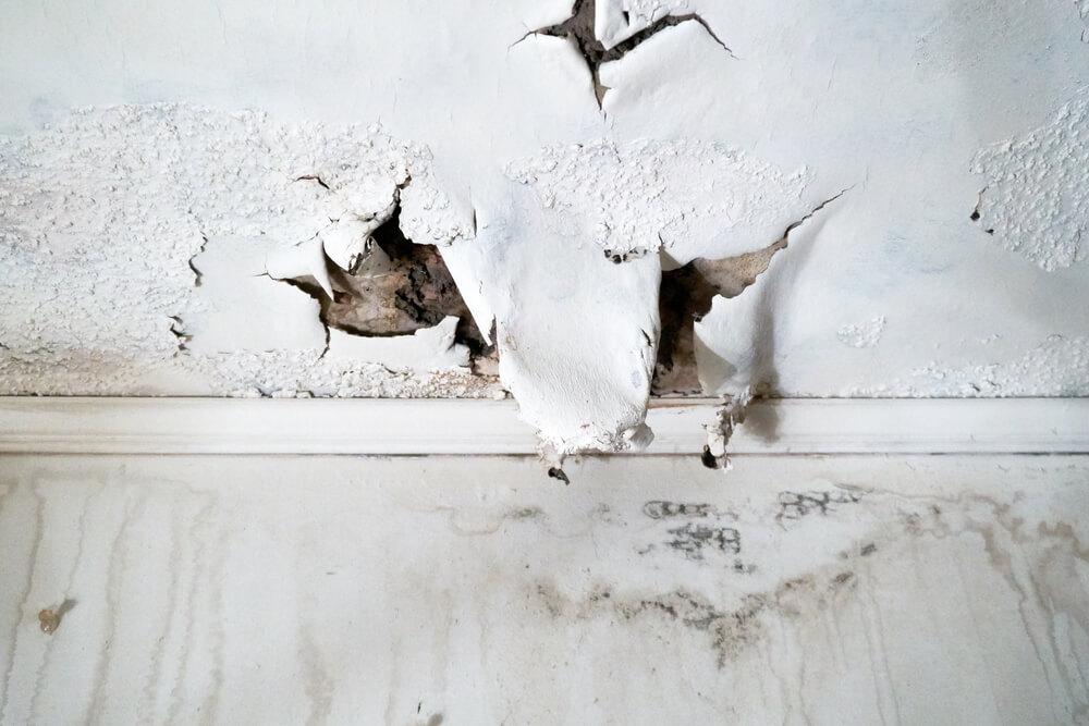 頑丈だった外壁が腐食する