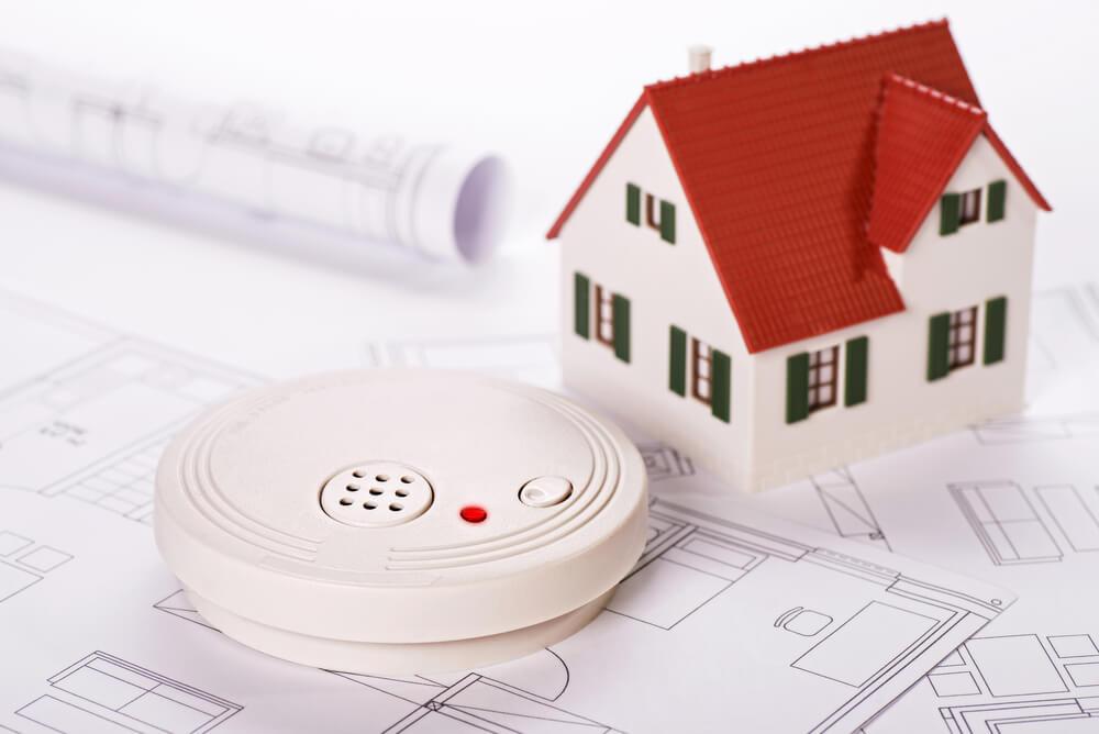 外壁塗装で火災保険が適用される主な例