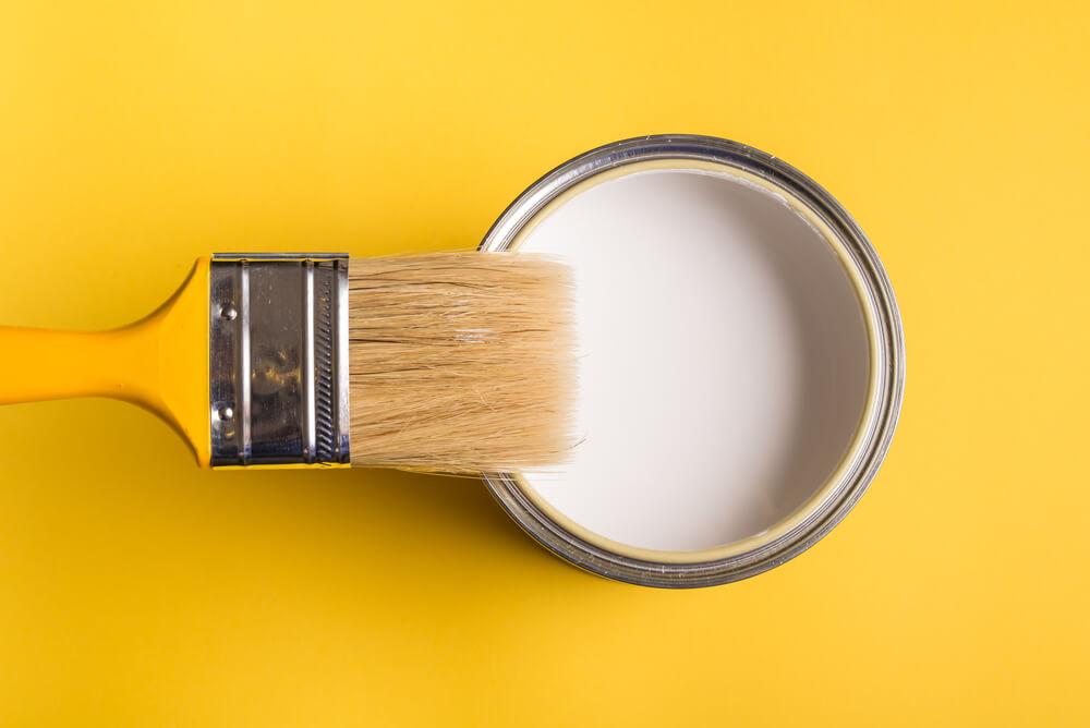 塗装する塗料のグレードを落とす